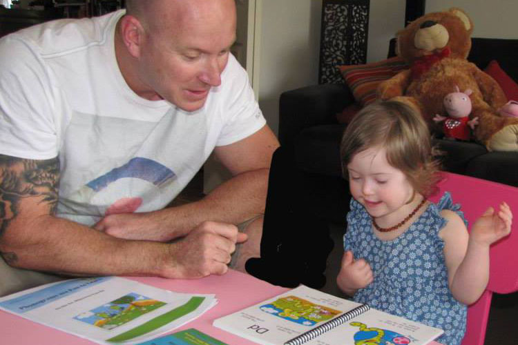 Learning how to read with Down syndrome - Phonograms help to decode the english language